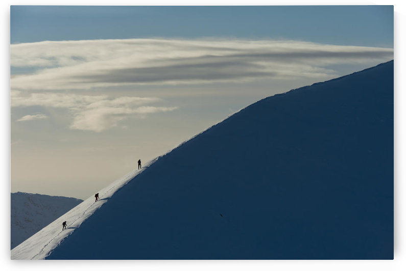 UK, Scotland, Walkers climbing snowy ridge of Sgorr Dhearg in winter near Glen Coe (Glencoe); Highlands by PacificStock
