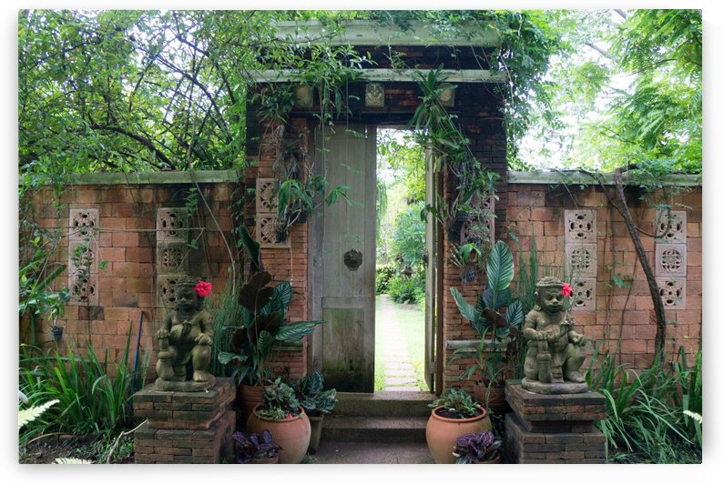door to a  garden restaurant in chainat by Babett-s Bildergalerie