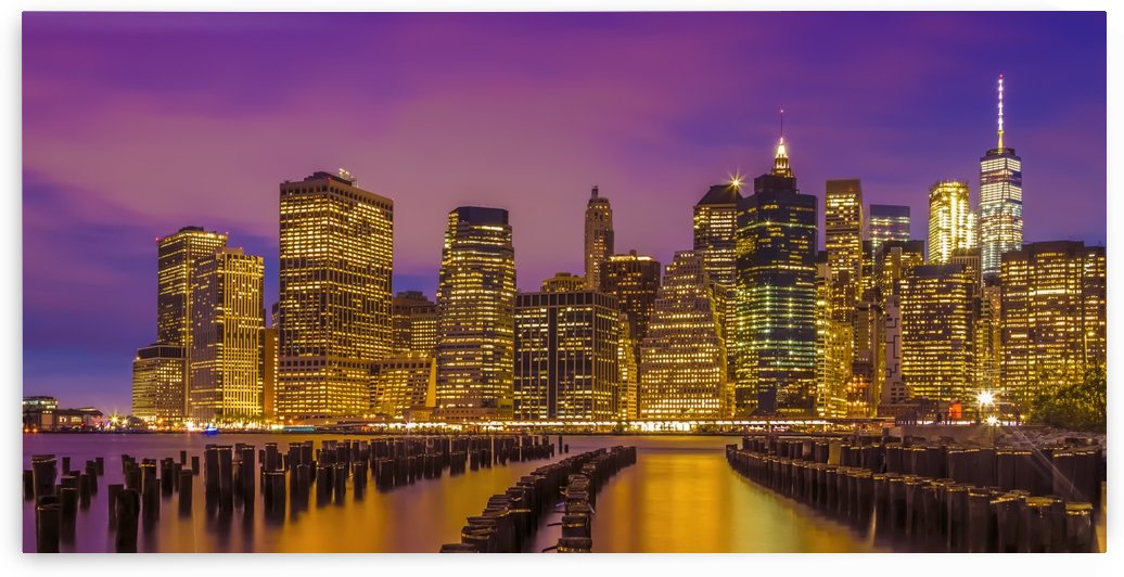 MANHATTAN SKYLINE Bright Sunset | Panoramic by Melanie Viola