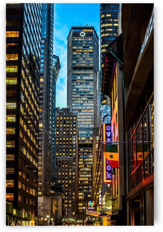 Midtown Manhattan Dusk  by vincenzo