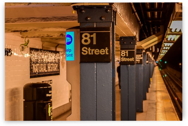 81st St. Subway   by vincenzo