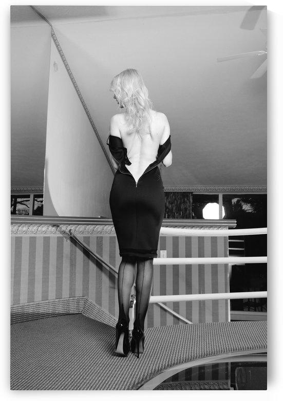 ready to serve my man... by Roman Lytvyn