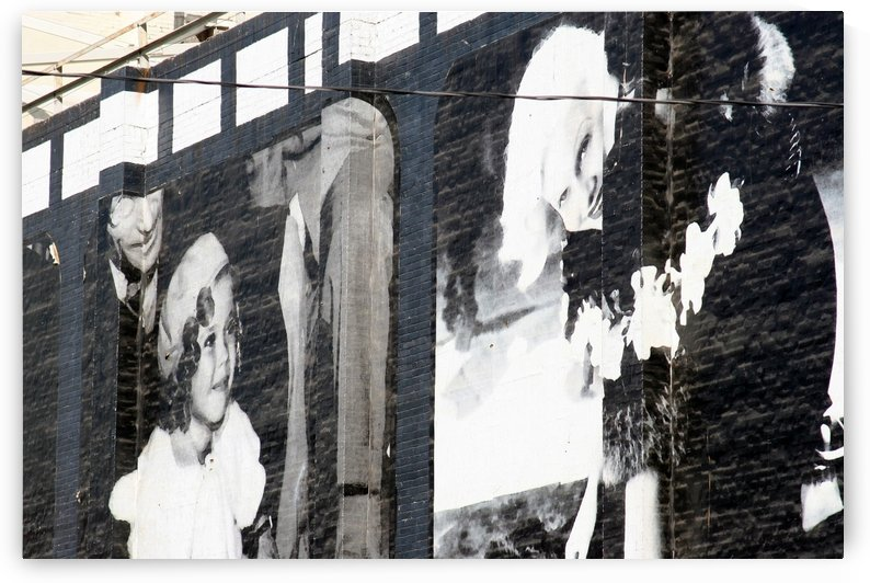 Wall with Shirley and Mae by Hold Still Photography