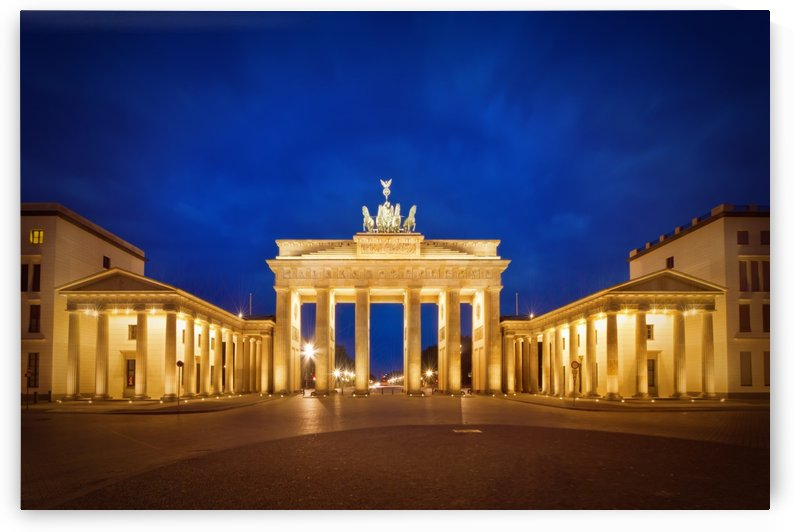 BERLIN Brandenburg Gate by Melanie Viola