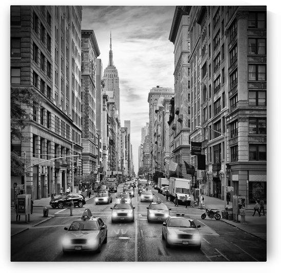 NEW YORK CITY 5th Avenue Traffic | Monochrome by Melanie Viola