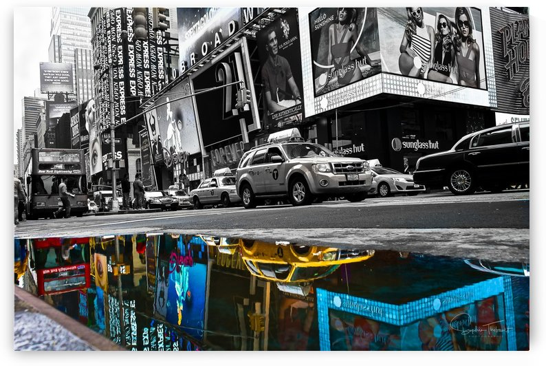 Time Square by Sophie Thibault