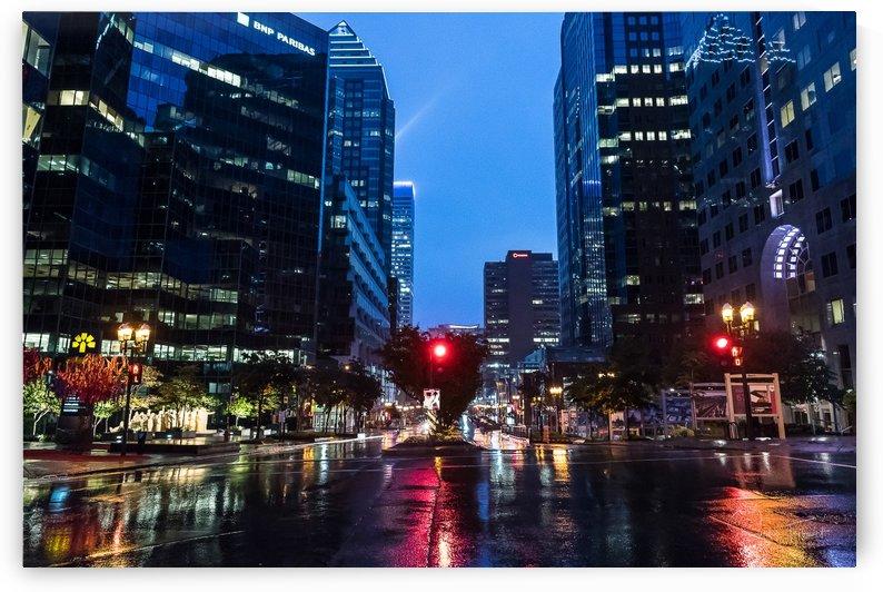 Pluie au centre ville by Sophie Thibault