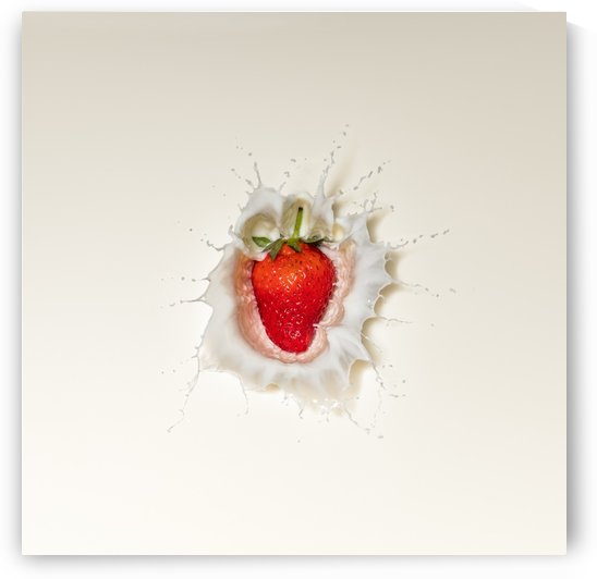Strawberry splash in milk by Johan Swanepoel