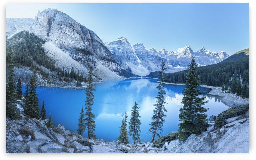 Heavenly blue by Marko Radovanovic