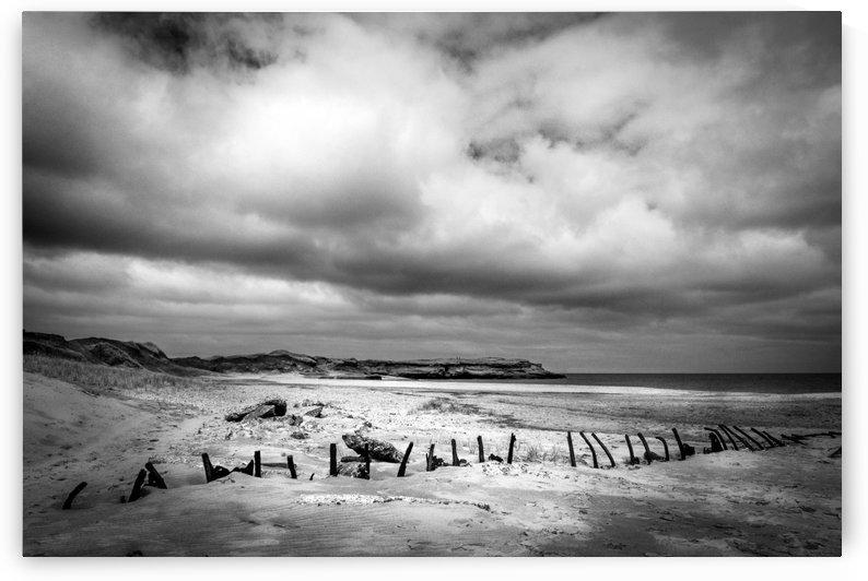 Plage des iles by Rene Beaulieu