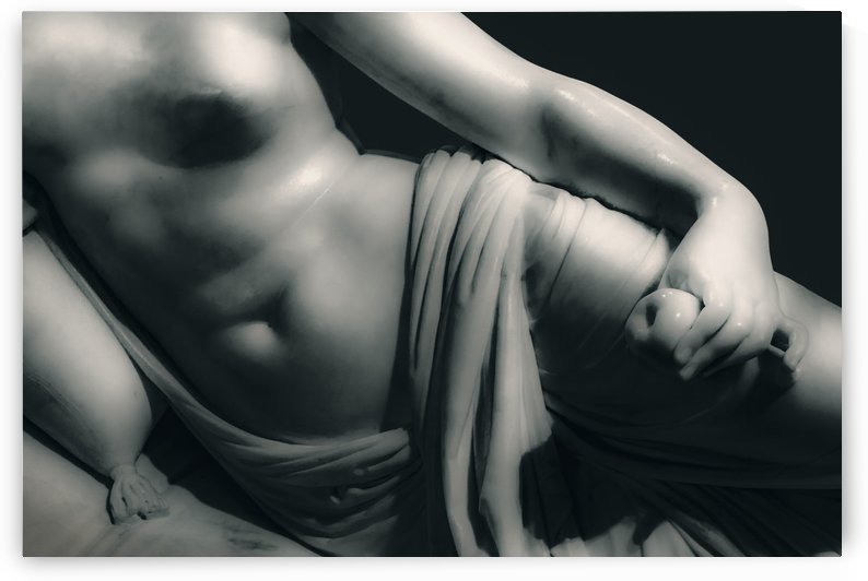 Woman on Bed Sculpture Isolated Photo03 by Daniel Ferreia Leites Ciccarino