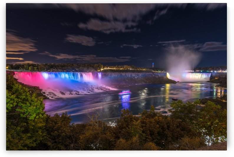 American and Horseshoe Falls by Lrenz
