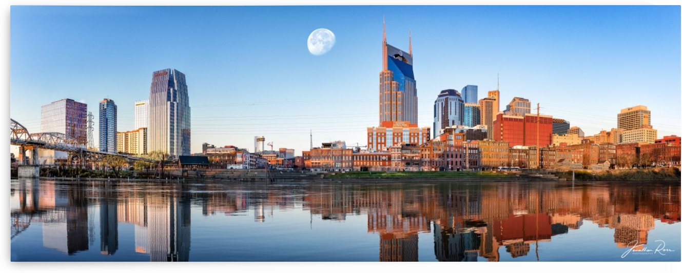 Nashville Skyline in the morning by Jonathan Ross