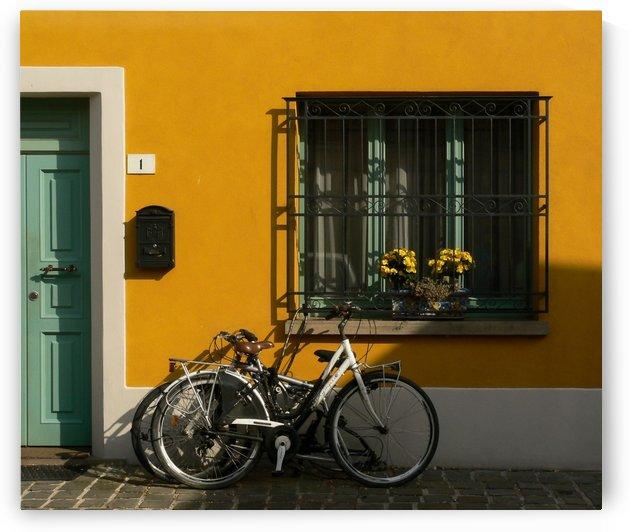 Italian street by pikey_ph