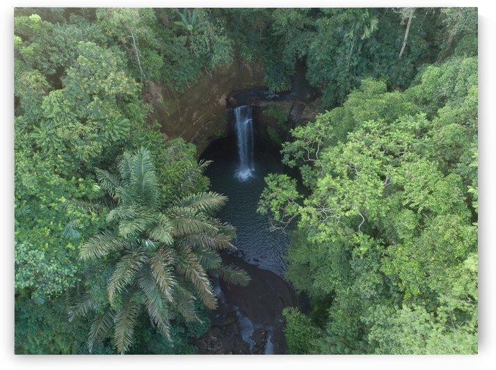 Tibumana waterfall - Bali by Grant Wilbert
