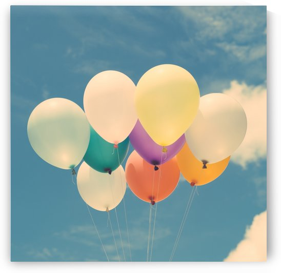 balloons flying on sky by Azlan