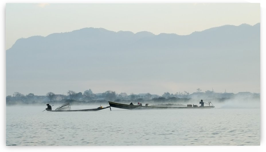 Fisherman in misty dawn by MingChian