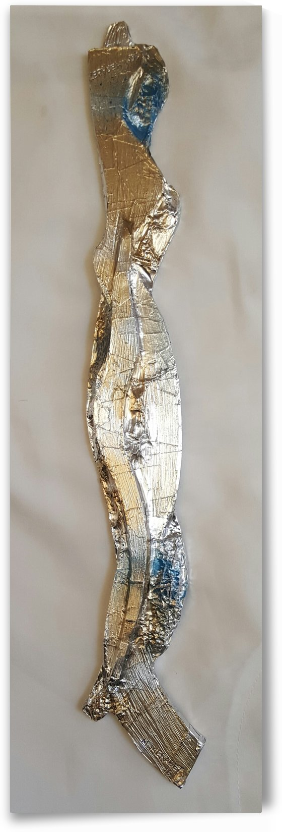 STYLISH LINEAR  2016  ALUMINIUM AND OIL GOLDEN AND ACRYLIC ON CARDBOARD  49_4. by Merabet Maamar
