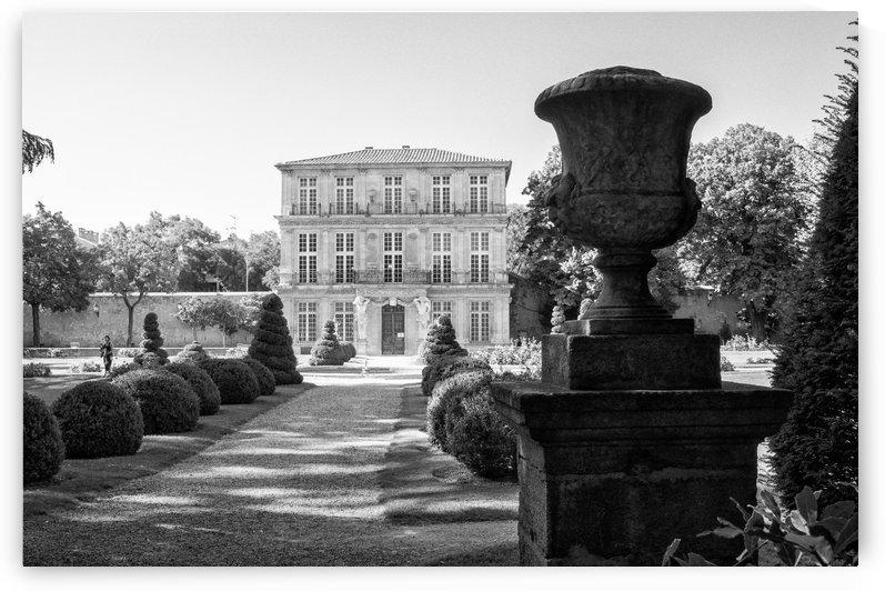 Pavillion Vendome Aix en Provence by Douglas Kay