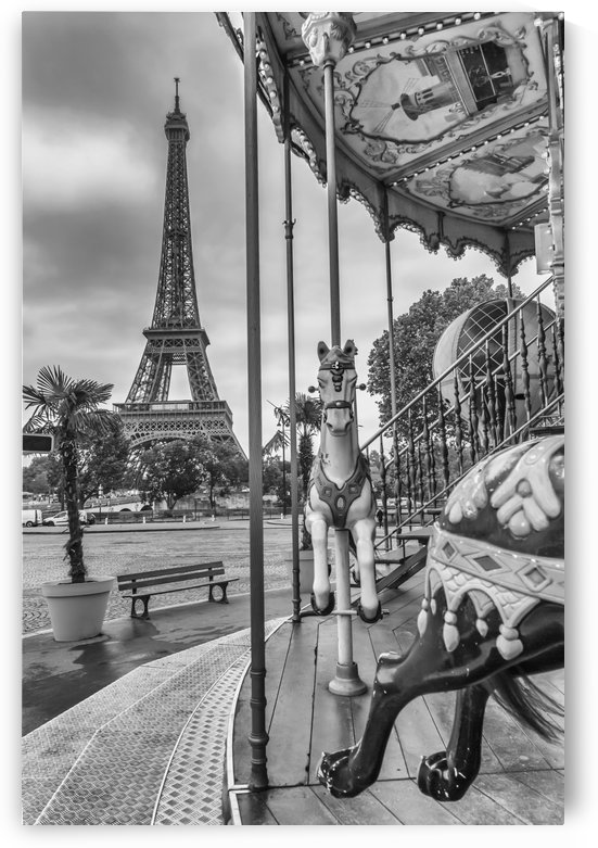 Typical Paris | monochrome by Melanie Viola