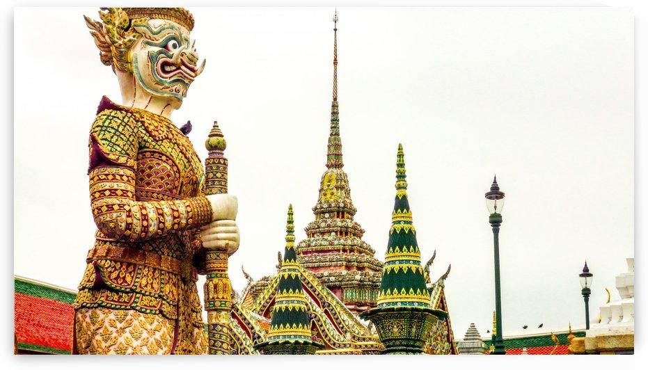 Bangkok temple by Douglas Kay