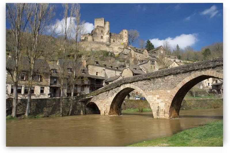 Belcastel Aveyron by Douglas Kay