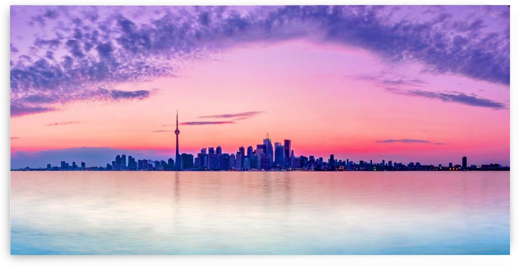 Toronto skyline by zoltanduray
