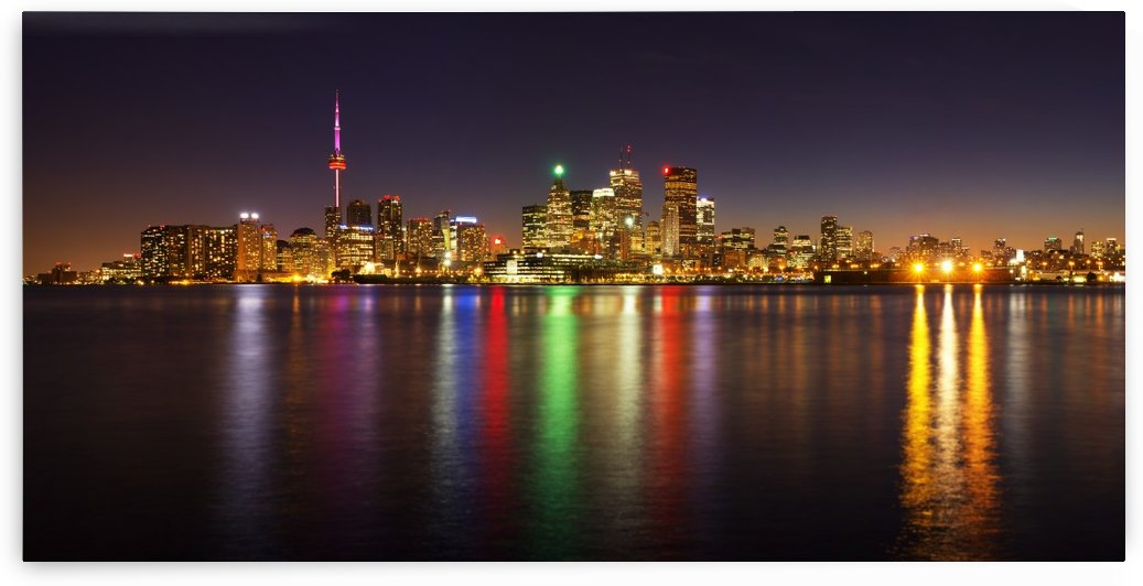 Toronto Skyline at Night by zoltanduray