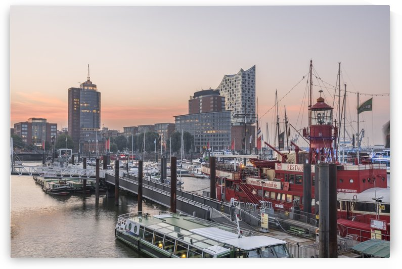 Hamburg Elbphilharmonie by Patrice von Collani