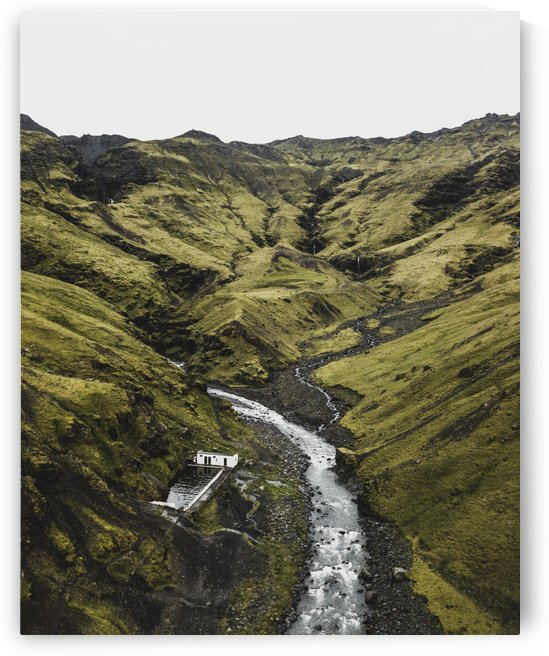 Icelandic Hidden Hot Spring Pool by Luke Barrett Visuals
