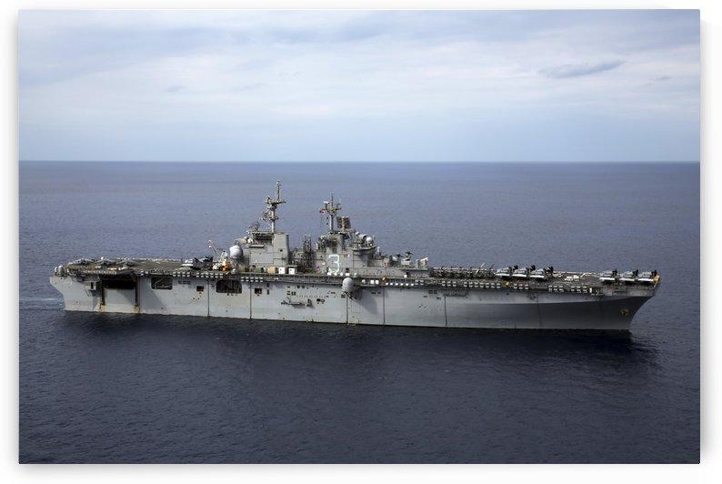 The amphibious assault ship USS Kearsarge. by StocktrekImages