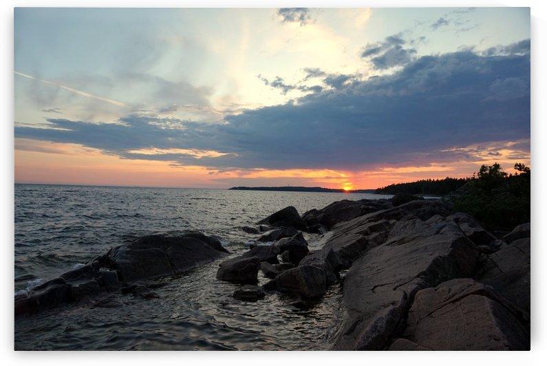 Rocky Sunset by Nyvelius