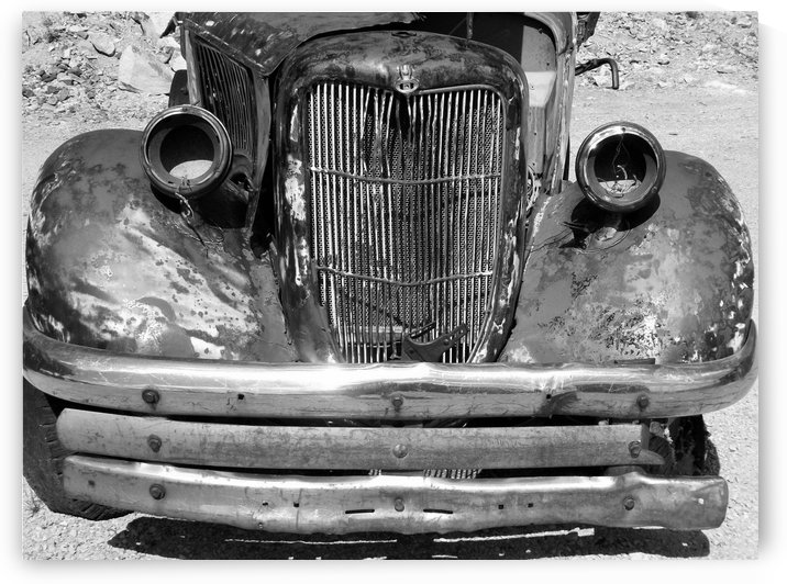 Rusty Old Truck B&W by Linda Peglau
