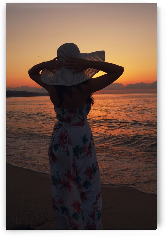 Woman silhouette by Tanya Photography