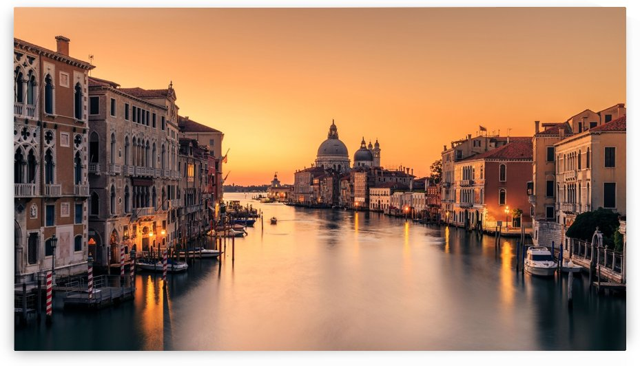 Dawn on Venice by 1x