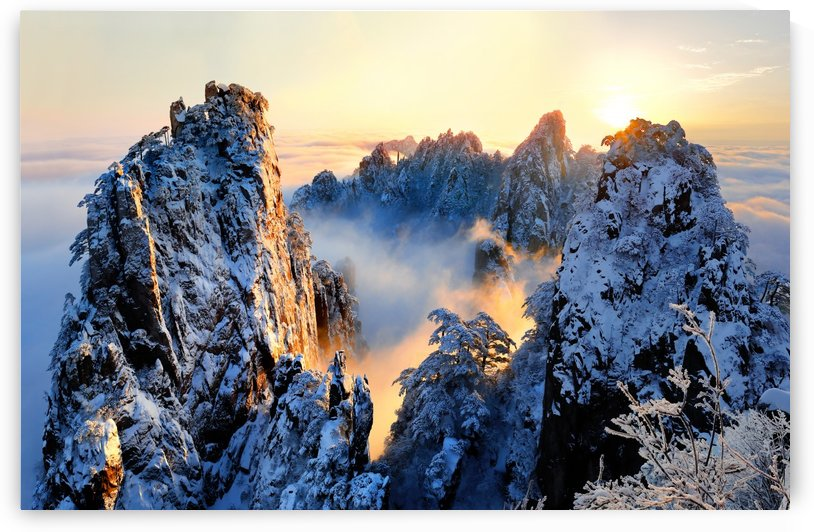 Sunrise at Mt. Huang Shan by 1x