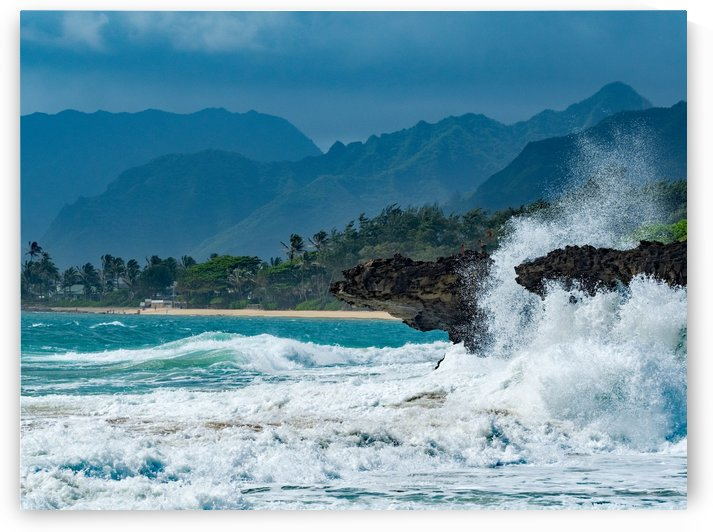Heavy surf by Asia Visions Photography