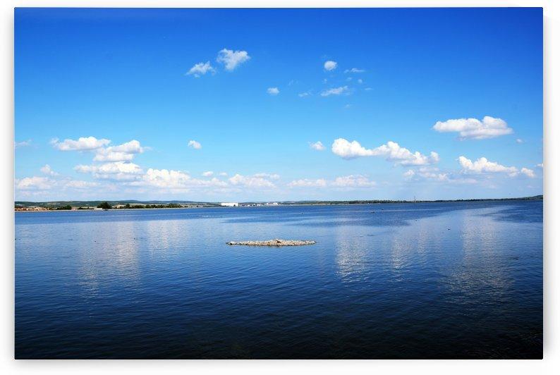Lake Beauty by Kikkia Jackson
