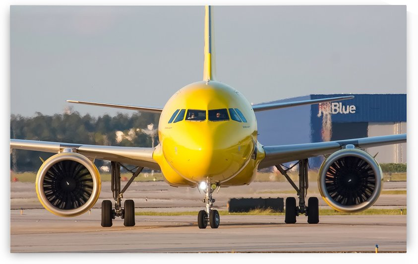 Spirit Airlines Airbus A320Neo by Justin Pistone