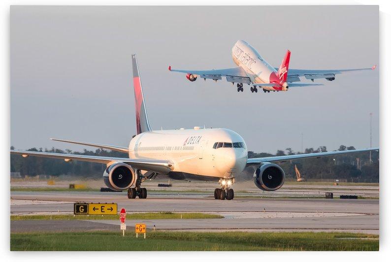 Delta 767-300ER by Justin Pistone