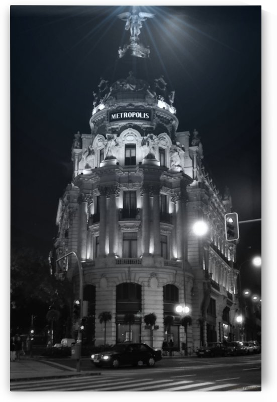 Metropolis Boulding   Grand Via   Madrid by Antonio Pappada