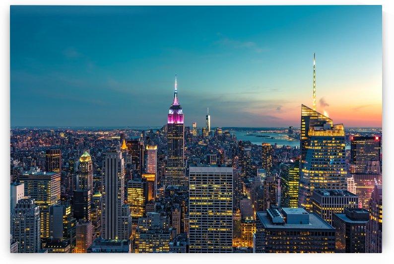 NEW YORK CITY 25 by Tom Uhlenberg