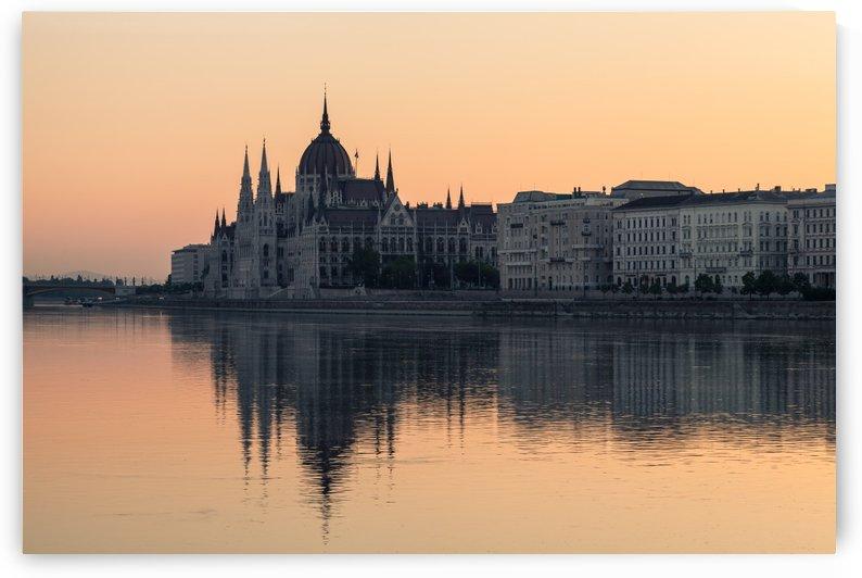 BUDAPEST 06 by Tom Uhlenberg