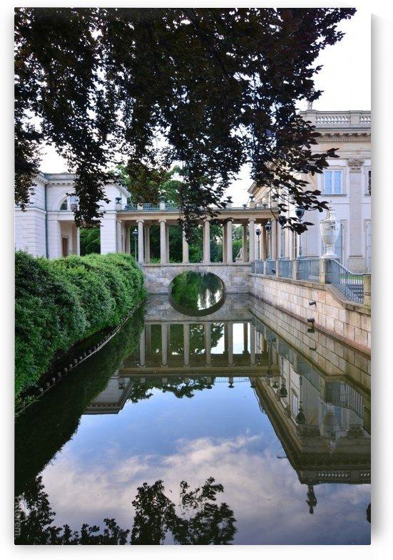Łazienki Park by Frederick Missel