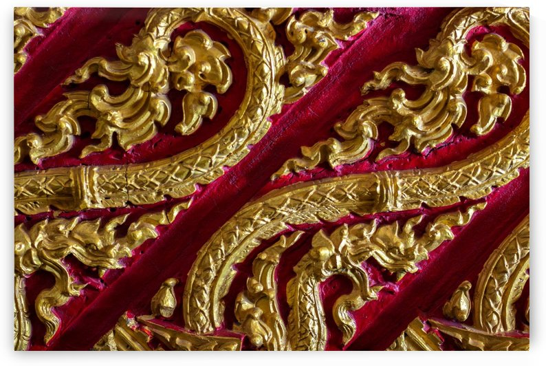 Gold embossed stucco by Krit of Studio OMG