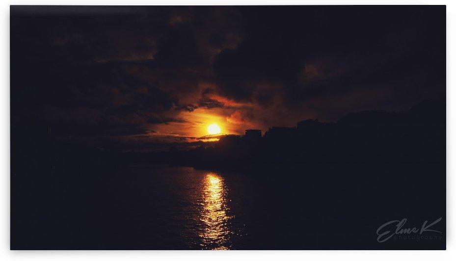 Sunset Paris by ElmeK