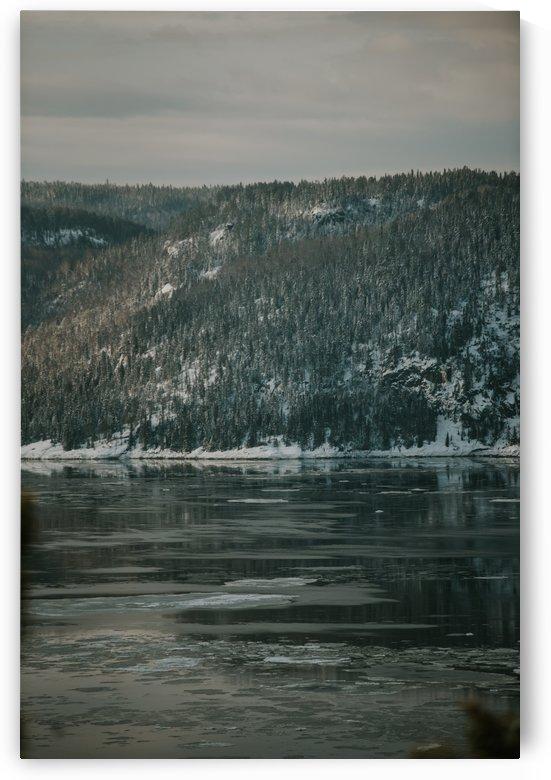 Le fjord du Saguenay en hiver by StephanieAllard
