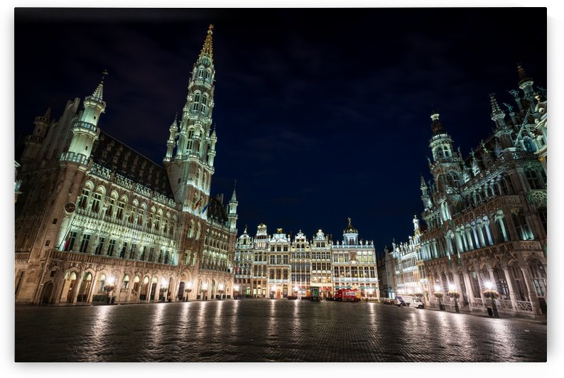Town Hall in Brussels in the early morning - Belgium by zoltanduray