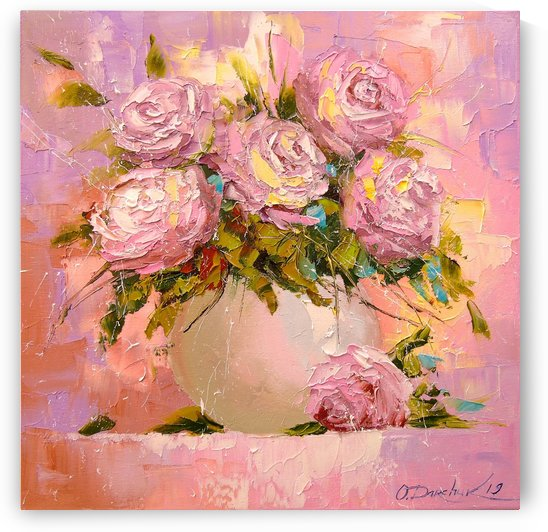 A bouquet of delicate roses by Olha Darchuk