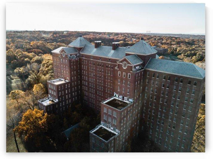 Abandoned Kings Park Psychiatric by Steve Ronin